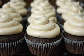 chocolate cupcakes vanilla frosting after school class